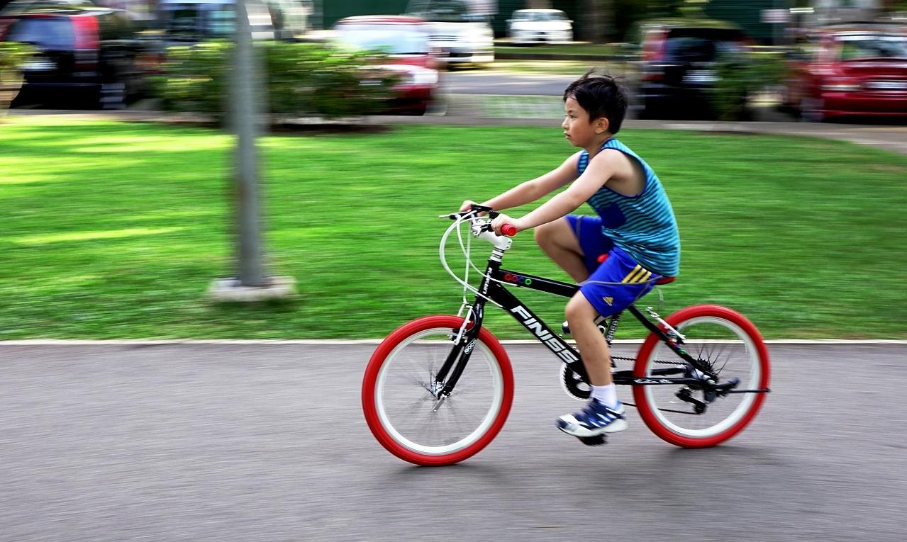c2840794f Andar de bicicleta  10 dicas para ensinar uma criança a pedalar