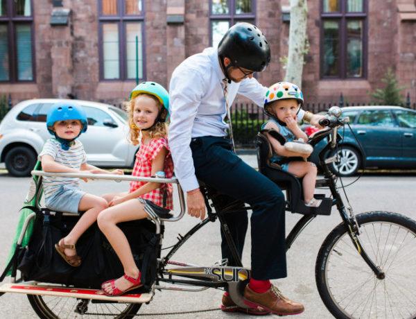 Sobre levar os filhos de bicicleta para a escola