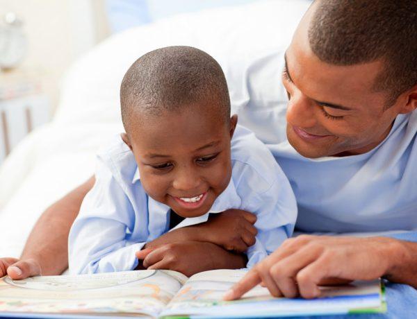 Pais e Mães não podem proibir o ex de acompanhar a vida escolar dos filhos