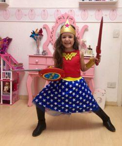Jade Mulher Maravilha - Pais em Apuros!