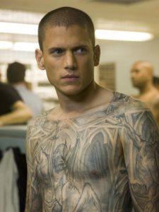 O ator Wentworth Miller, que interpreta Michael Scofield, protagonista da série Prison Break, é gay.